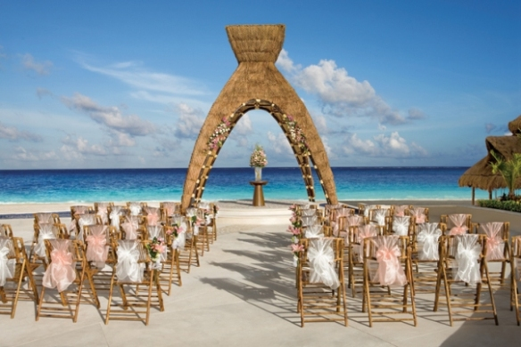Wedding in Cancun (www.2-events.com)
